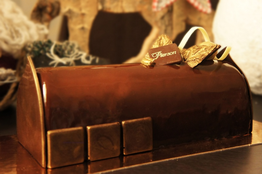 Duo Chocolat •••  Mousse Chocolat Blanc et Noir, Miroir Chocolat, Biscuit Spéculoos, Feuilletine